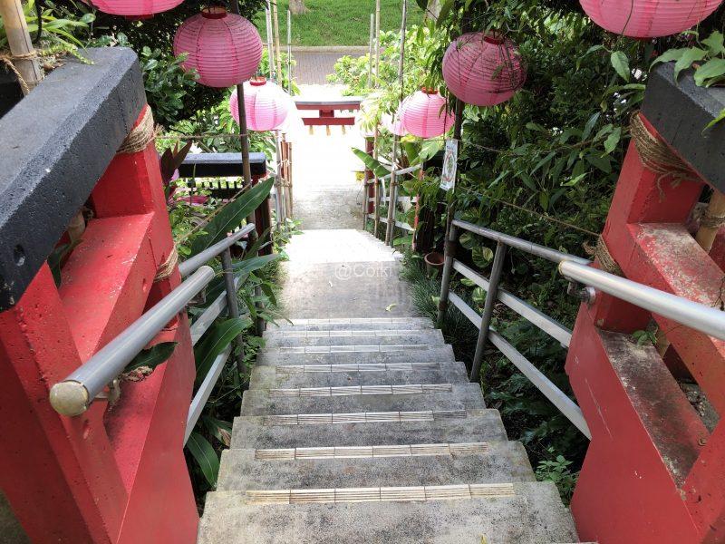 沖宮の階段